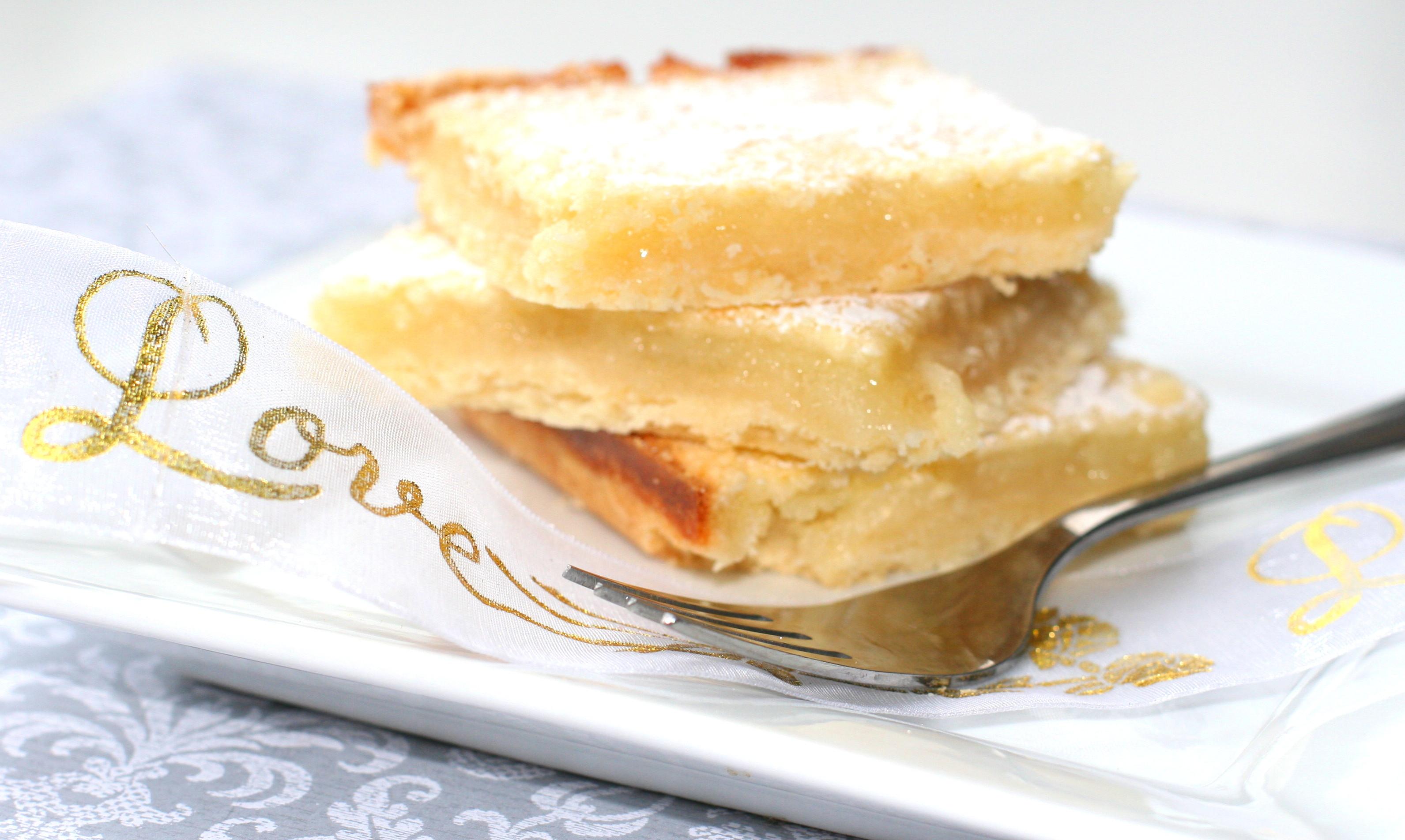 Holiday Baking - Classic Lemon Bars - Gratinee
